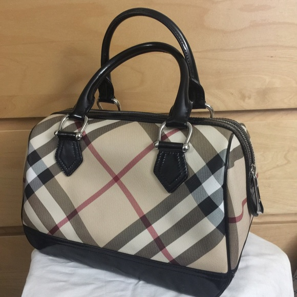 Burberry Handbags - Burberry Nova Check Speedy Doctor Bag e1bb9227848e9